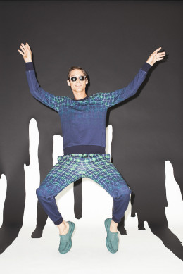 Band_of_Outsiders_018_1366.1366x2048