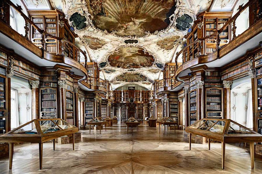 abbey-library-of-saint-gall-2