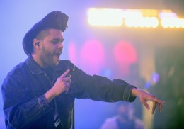 LAS VEGAS, NV - JANUARY 02:  Singer The Weeknd performs at Drai's Beach Club - Nightclub at the Cromwell Las Vegas during Drai's LIVE 2016 New Year's weekend celebration on January 2, 2016 in Las Vegas, Nevada.  (Photo by Bryan Steffy/Getty Images for Drai's Beachclub-Nightclub)