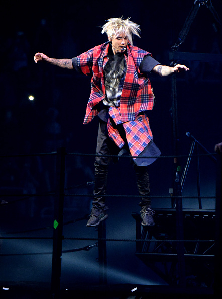 SEATTLE, WA - MARCH 09:  Singer/songwriter Justin Bieber performs onstage at KeyArena on March 9, 2016 in Seattle, Washington.  (Photo by Jeff Kravitz/FilmMagic)