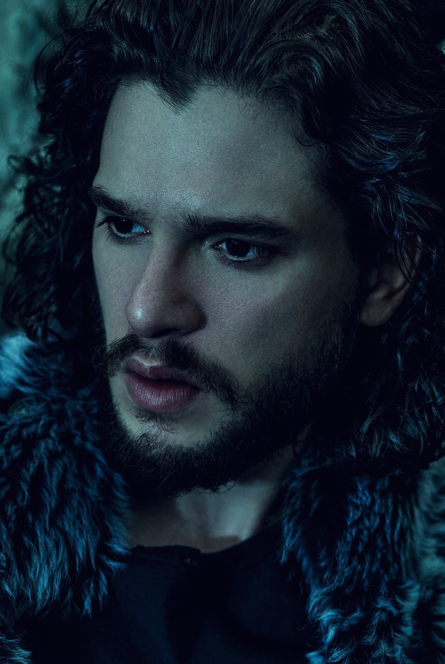 Kit-Harington-2016-LUomo-Vogue-Cover-Photo-Shoot-009